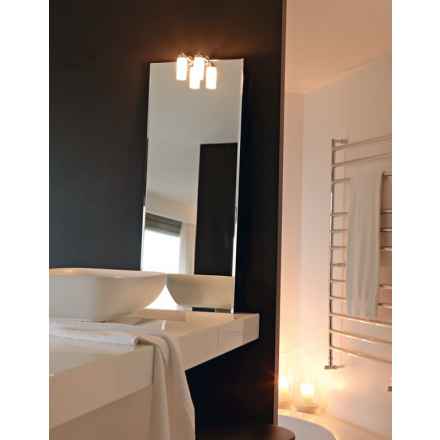 BMB Reply - Light-mirror with lamps