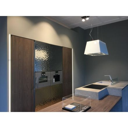 """ASTER - Cucina in olmo scuro e cemento, con elettrodomestici. - """"Atelier"""""""